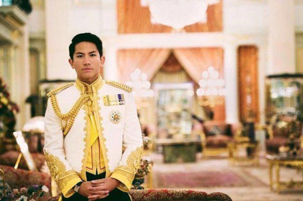 HOT: Hoàng tử Brunei follow tài khoản Instagram của Yaya Urassaya (1)