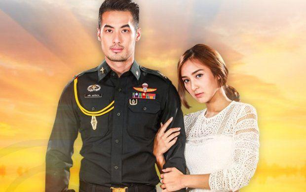 """Phim Matupoom Haeng Huajai bị tố đạo nhái """"Hậu duệ mặt trời"""" (1)"""
