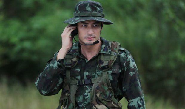 """Phim Matupoom Haeng Huajai bị tố đạo nhái """"Hậu duệ mặt trời"""" (4)"""