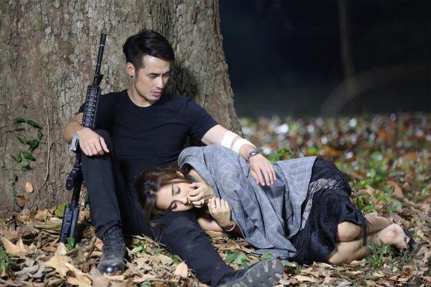 Tập 1 Matupoom Haeng Huajai phim Thái gây sốt với cảnh hất điện thoại (15)