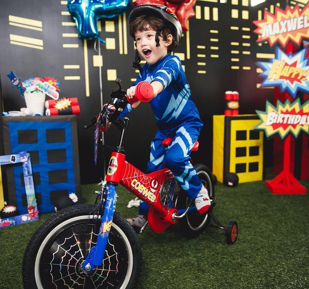 Mike Angelo đăng loạt ảnh tổ chức sinh nhật cho con trai 4 tuổi Maxwell (14)