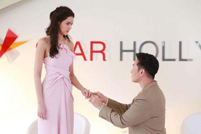 Phim Trò Chơi Tình Ái xoắn não khán giả với 3 mối quan hệ tréo ngoe (9)