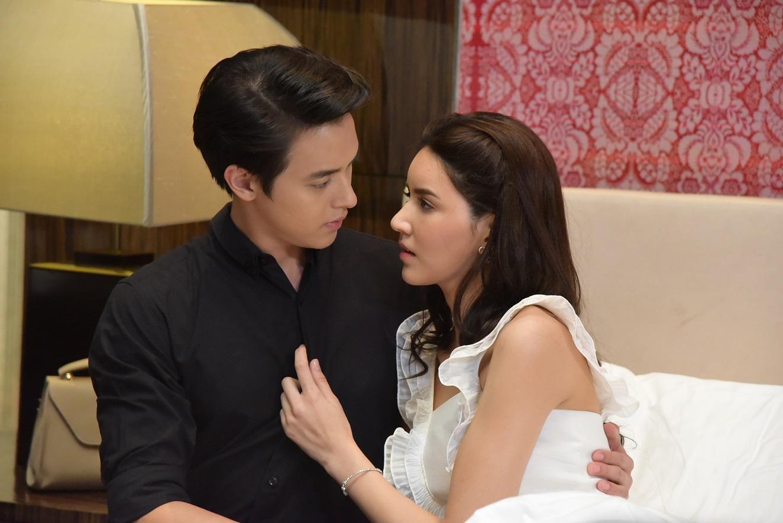 Yêu như kiểu James Ji trong phim Trò chơi tình ái, liệu bạn có muốn? (1)