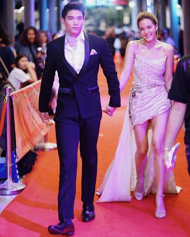 Janie Tienphosuwan và bạn trai kém 10 tuổi kết hôn vào tháng 10/2018 (3)