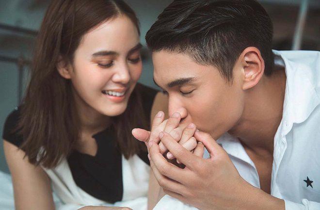 Janie Tienphosuwan và bạn trai kém 10 tuổi kết hôn vào tháng 10/2018 (9)