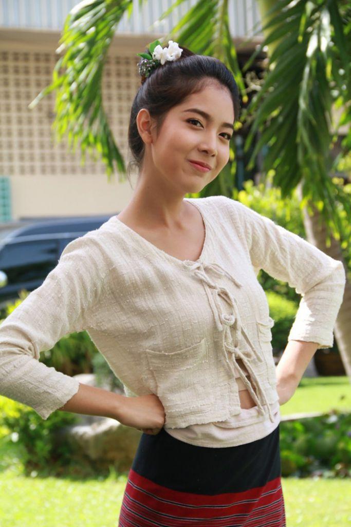 Tìm hiểu nội dung & dàn diễn viên phim Hương hoa thương nhớ Thái Lan (10)