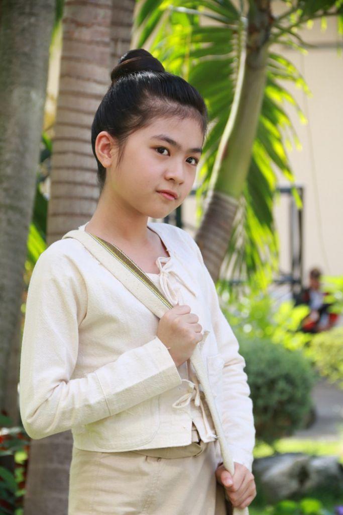Tìm hiểu nội dung & dàn diễn viên phim Hương hoa thương nhớ Thái Lan (12)