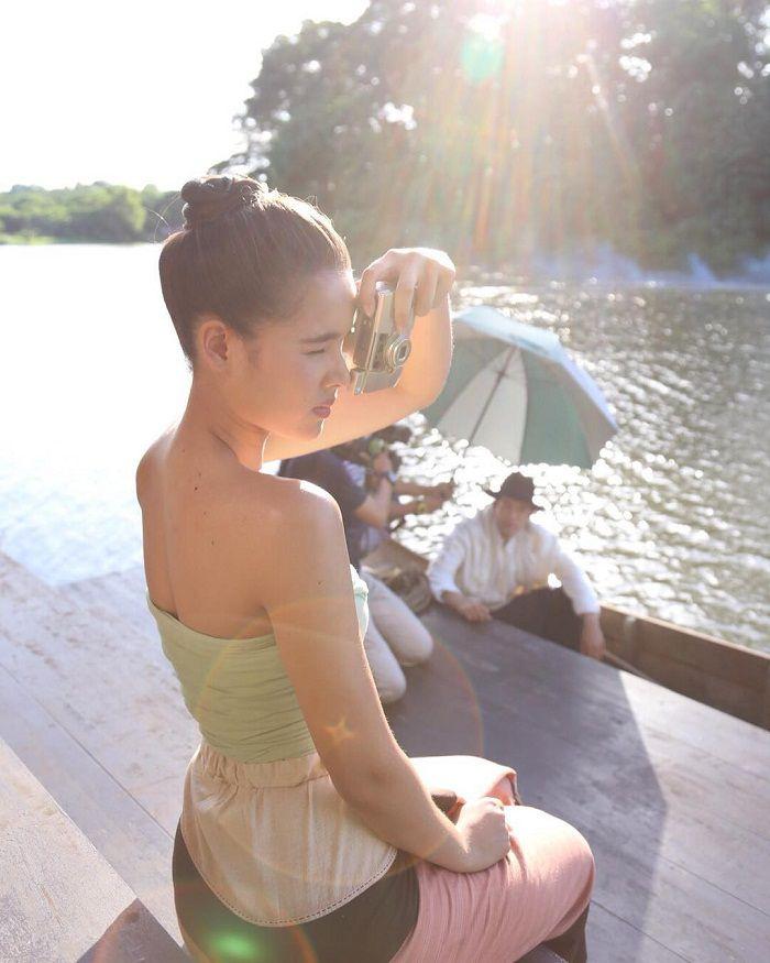 Tìm hiểu nội dung & dàn diễn viên phim Hương hoa thương nhớ Thái Lan (20)