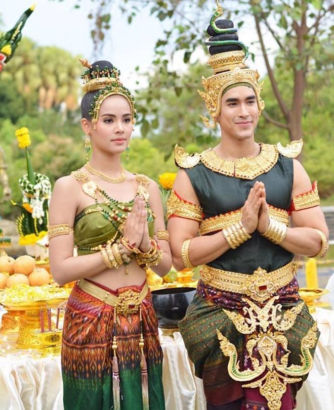 Tò mò về vai diễn của Ken Phupoom & Taew Natapohn trong Nữ thần rắn 2 (5)