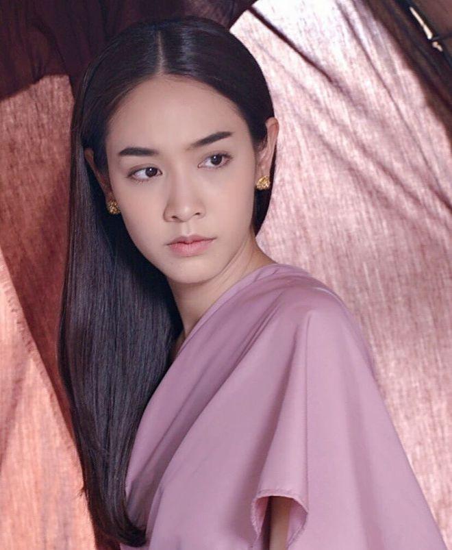 Những ma nữ đẹp chết người, thả thính bùa yêu của điện ảnh Thái Lan (1)