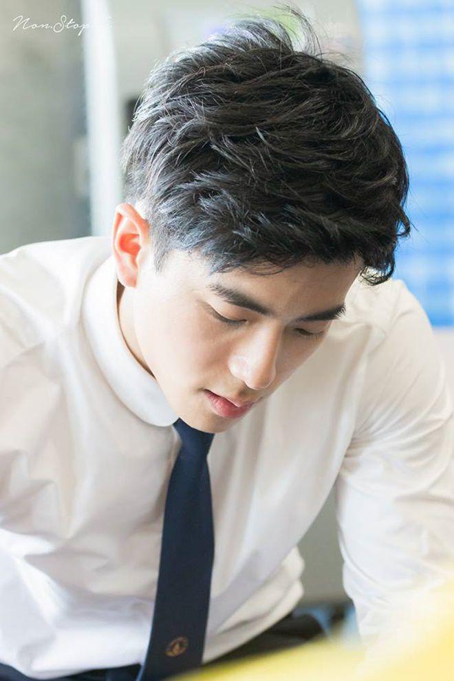 """Nonkul Chanon đóng phim """"Gió lớn thoáng qua"""" cùng Hình Chiêu Lâm (2)"""