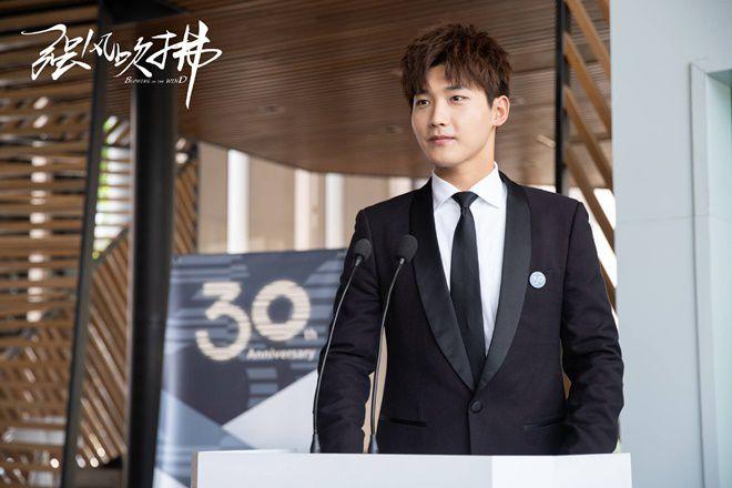 """Nonkul Chanon đóng phim """"Gió lớn thoáng qua"""" cùng Hình Chiêu Lâm (9)"""