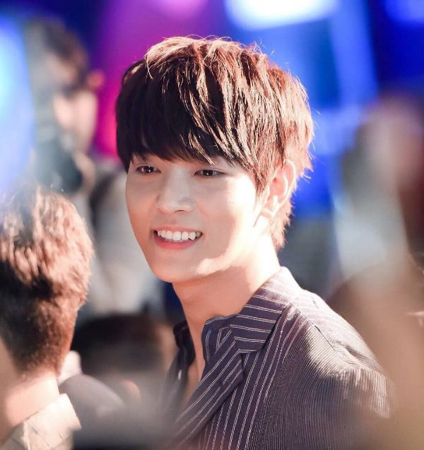 4 nam diễn viên Thái Lan lọt Top 100 gương mặt nam đẹp trai nhất (6)