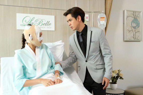 Mặt Nạ Thủy Tinh: Phim Thái Lan về đề tài phẫu thuật thẩm mỹ (6)