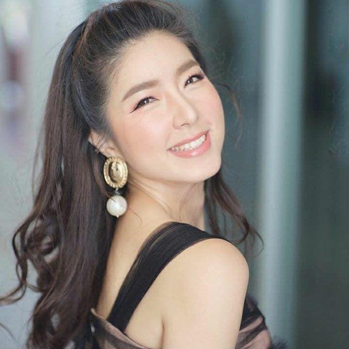 Tin sao Thái Lan tuần qua: Người hạnh phúc, kẻ dính scandal & chia tay (7)