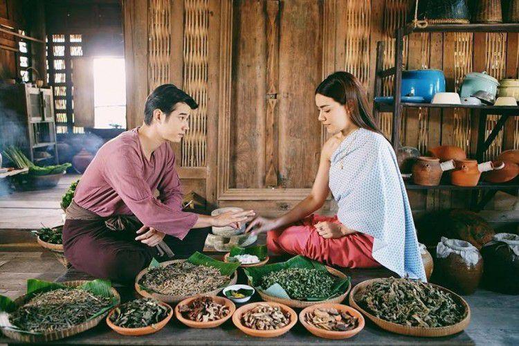 Top 4 phim cổ trang & hiện đại xuyên không Thái Lan lên sóng 2019 (7)