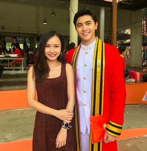 Ngắm ảnh tốt nghiệp của những nam thần, nữ thần Viện Hoàng gia Thái Lan (18)