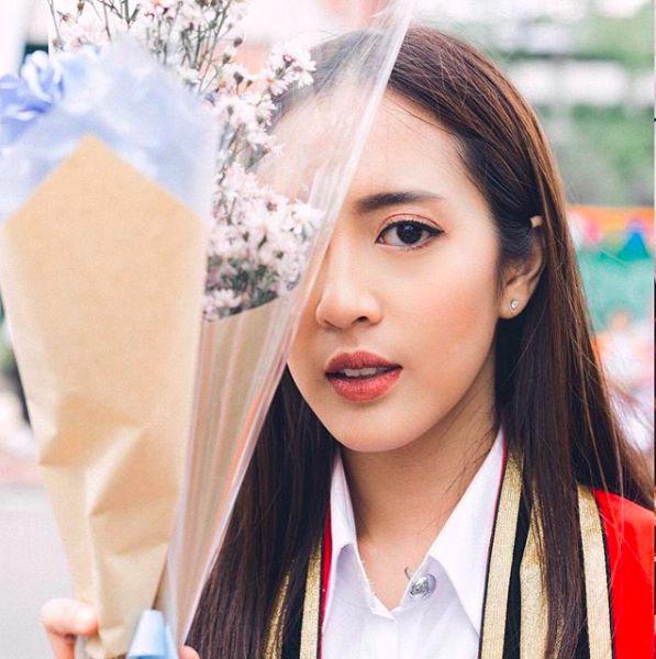 Ngắm ảnh tốt nghiệp của những nam thần, nữ thần Viện Hoàng gia Thái Lan (9)