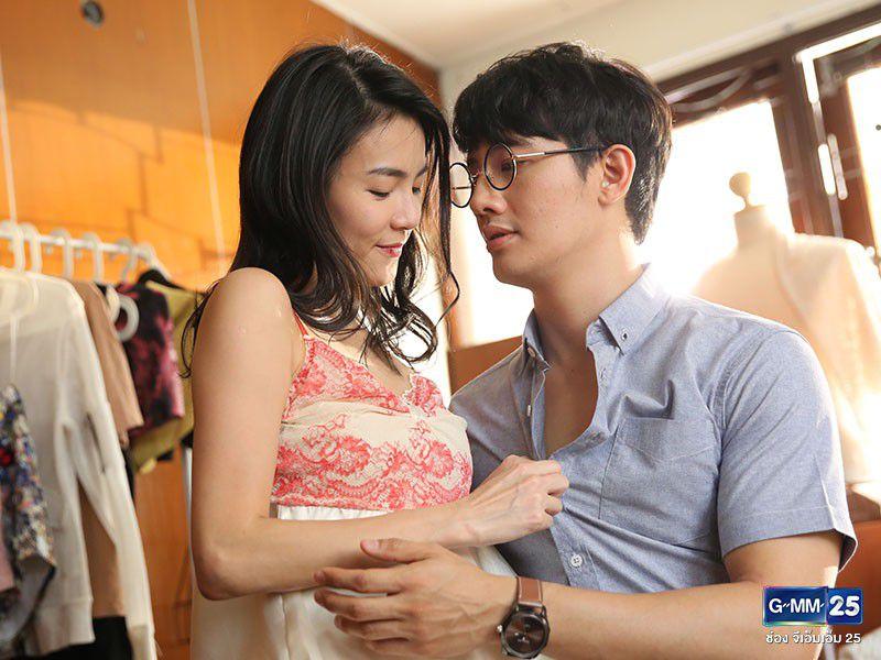 Đây là 2 phim Thái táo bạo về gái làng chơi khiến khán giả giật mình (6)