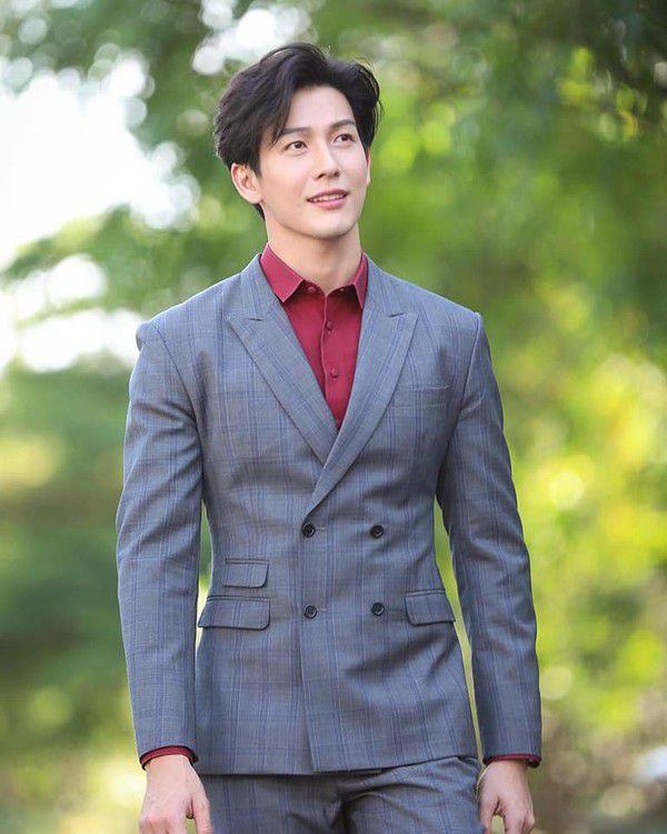 """Push Puttichai: Nam diễn viên """"ngoại tình"""" nhiều nhất của phim Thái Lan (3)"""