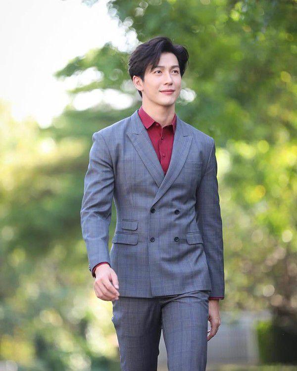 """Push Puttichai: Nam diễn viên """"ngoại tình"""" nhiều nhất của phim Thái Lan (4)"""