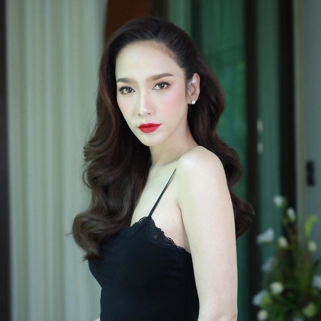 Top sao nữ đình đám Thái Lan có mũi đẹp nhất khiến chị em ghen tị (2)