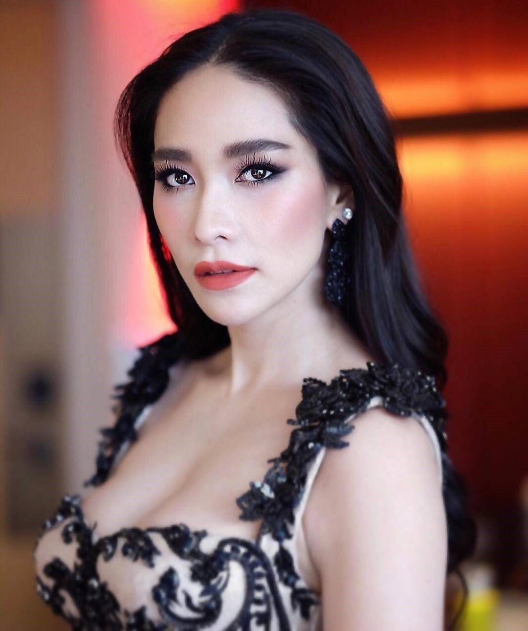 Top sao nữ đình đám Thái Lan có mũi đẹp nhất khiến chị em ghen tị (9)