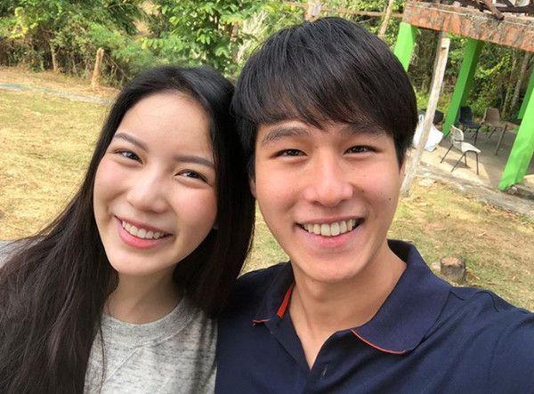 Toyy Pathompong và bạn gái Mook Worranit công khai hẹn hò (7)