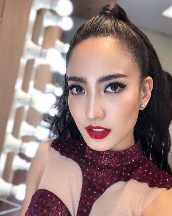 3 sao nữ Thái cực nổi tiếng và thành công năm 2018, mọt đoán ra chưa? (4)