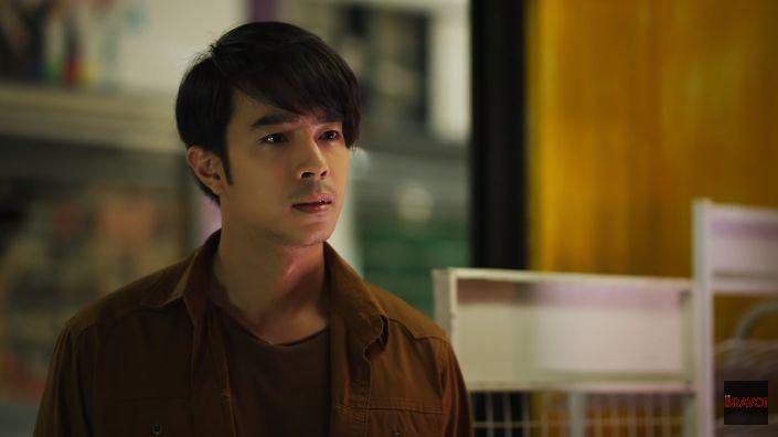"""""""Ác nữ Lee"""" mắc chứng đa nhân cách trong phim Chuyện tình Bangkok 2 (5)"""