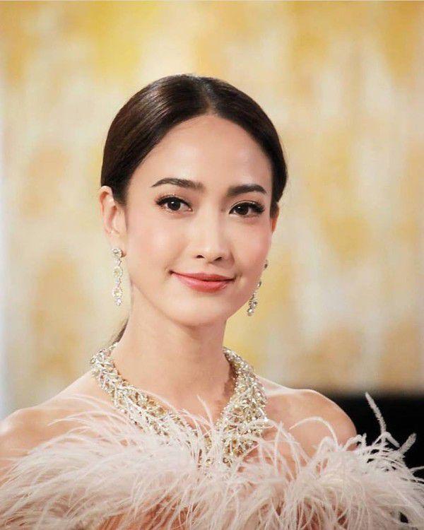 Hóng phim Thái mới của Mario Maurer với Yaya, Nadech với Taew Natapohn (9)