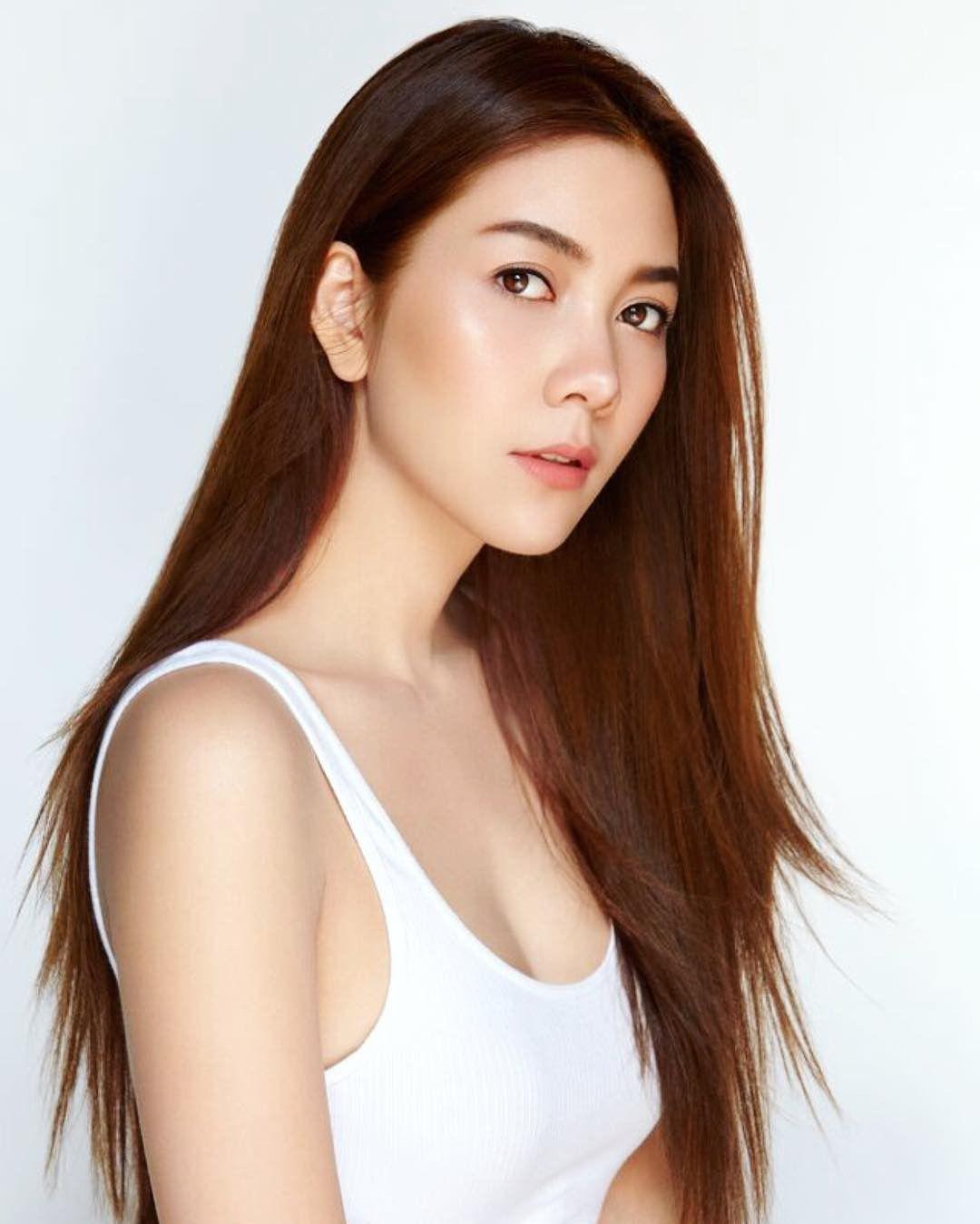 """Loạt mỹ nhân U40 đình đám showbiz Thái chưa chịu """"yên bề gia thất"""" (15)"""