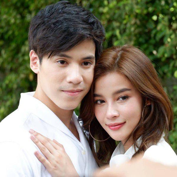 Mỹ nhân Thái Vill Wannarot công khai hẹn hò bạn trai mới Jes Jespipat (1)