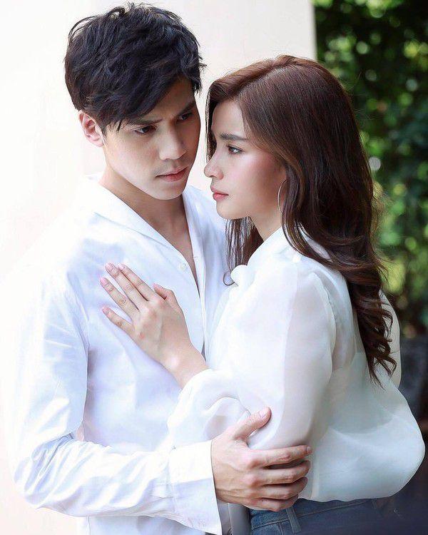 Mỹ nhân Thái Vill Wannarot công khai hẹn hò bạn trai mới Jes Jespipat (5)