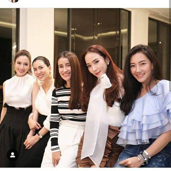 Những diễn viên Thái Lan có ngoại hình giống nhau từng đóng vai anh chị em (7)