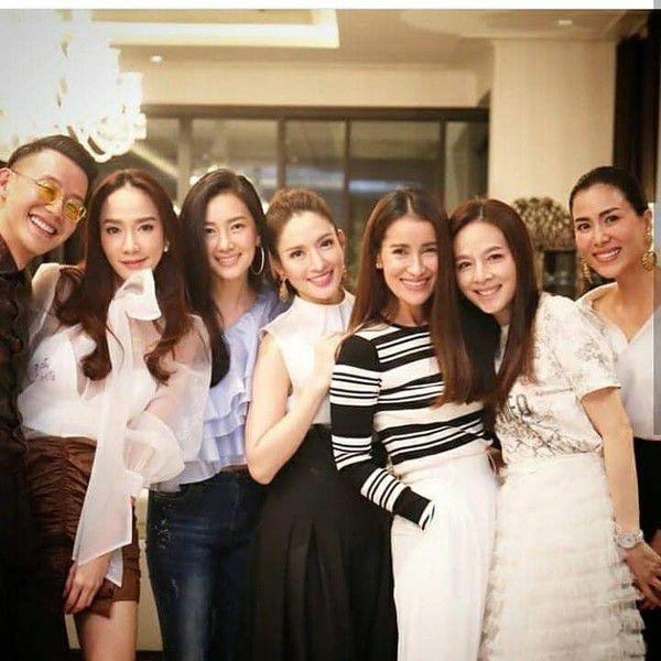Những diễn viên Thái Lan có ngoại hình giống nhau từng đóng vai anh chị em (8)