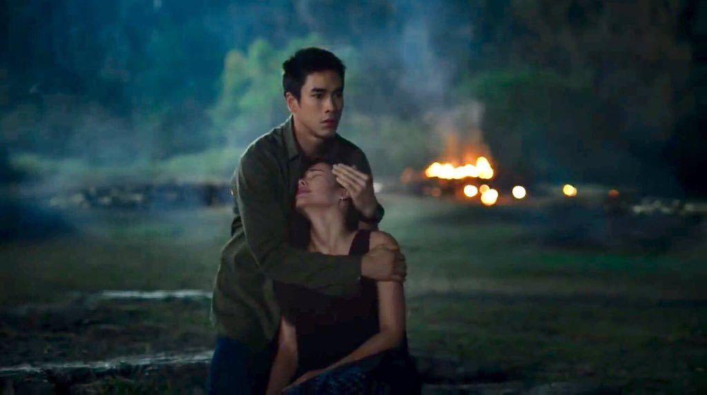Nữ Thần Rắn 2 gây thổn thức với mối tình từ trong phim đến ngoài đời thực (3)