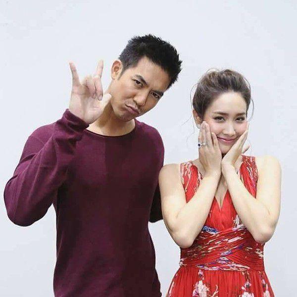"""5 koojin """"cặp đôi màn ảnh"""" Thái Lan khiến fan khóc ròng vì bể thuyền (9)"""