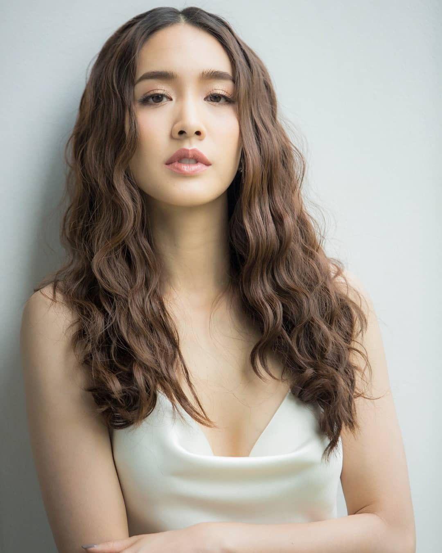 Top 8 mỹ nhân xinh đẹp và quyền lực hàng đầu của đài CH7 Thái Lan (10)