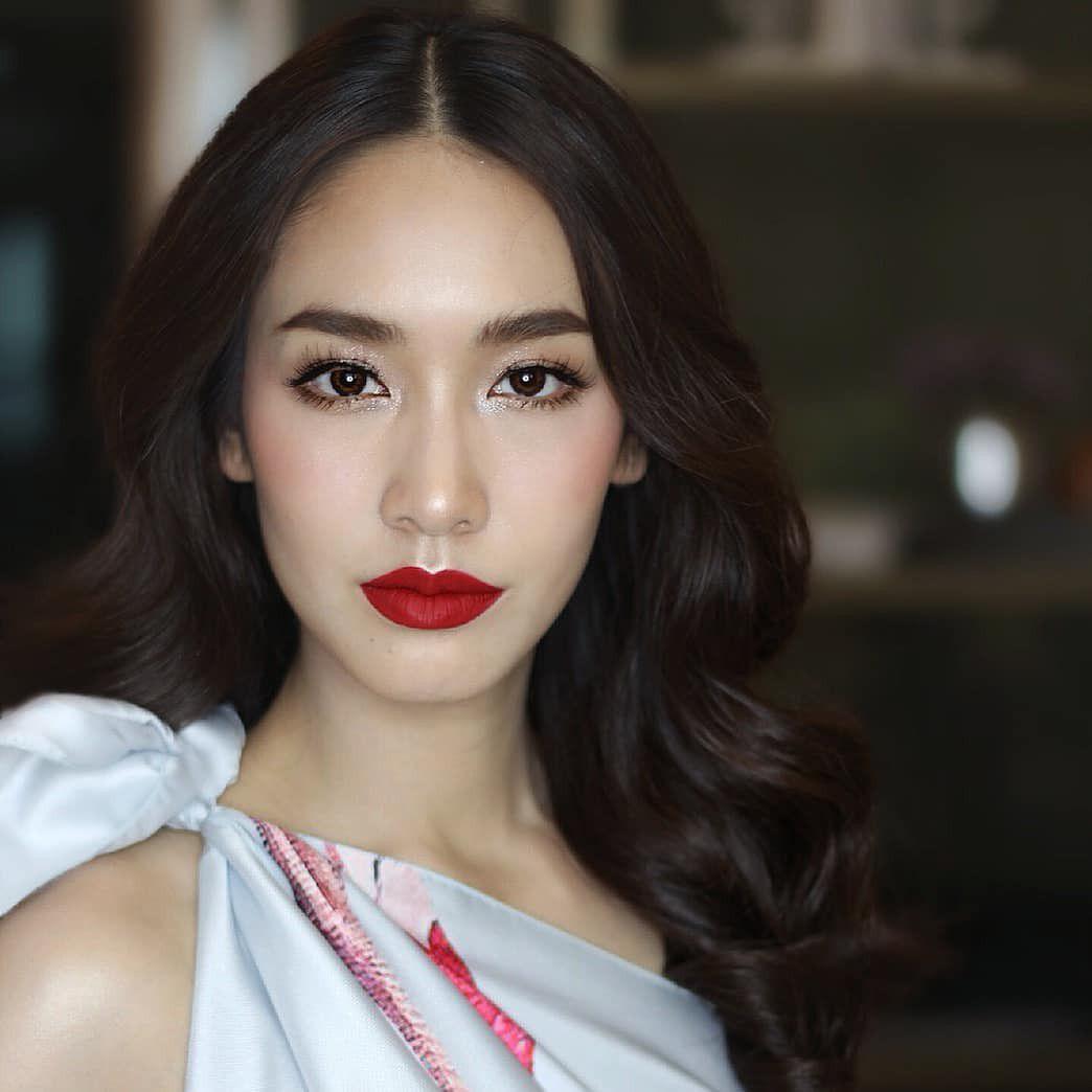 Top 8 mỹ nhân xinh đẹp và quyền lực hàng đầu của đài CH7 Thái Lan (11)