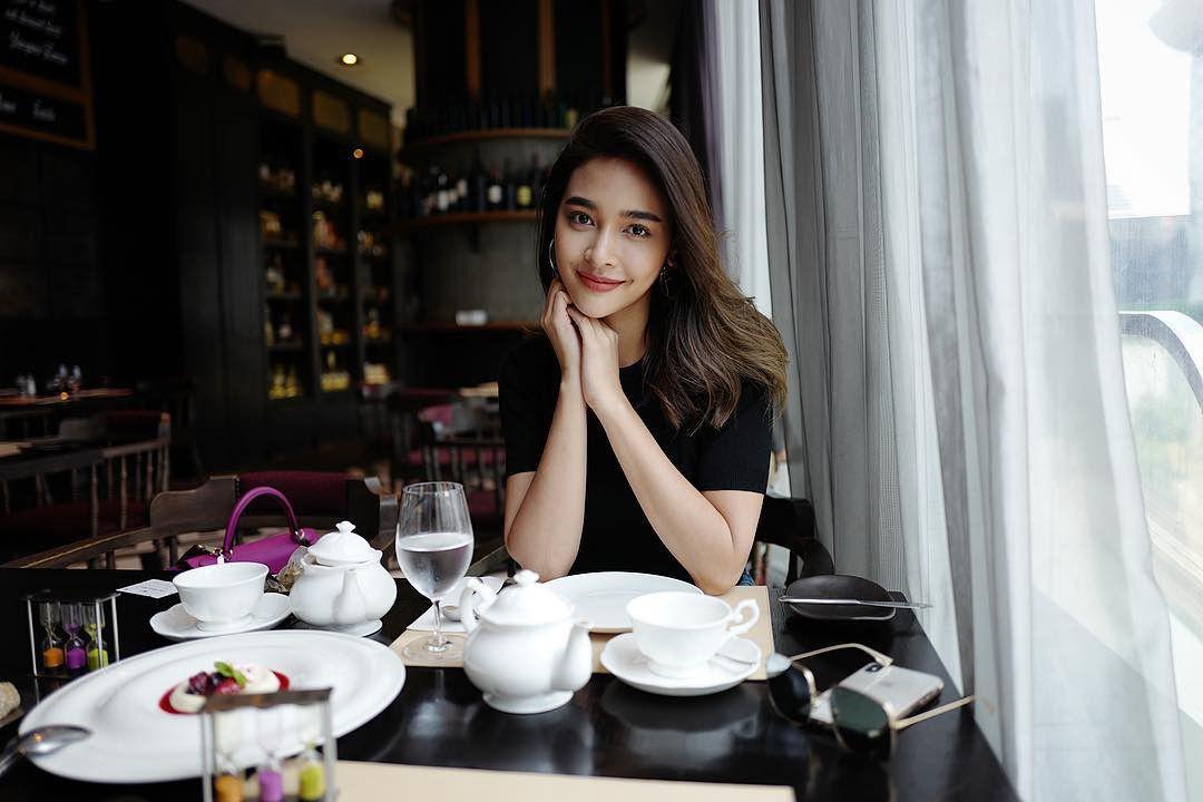 Top 8 mỹ nhân xinh đẹp và quyền lực hàng đầu của đài CH7 Thái Lan (18)