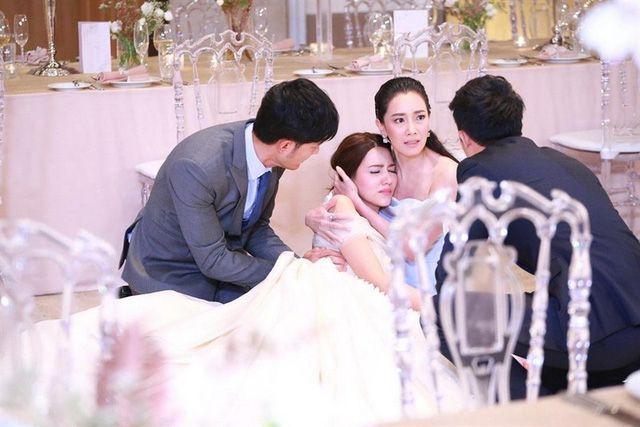 Yêu trong cuồng hận: Yêu hận tình thù cùng ông bà hoàng drama Thái Lan (4)