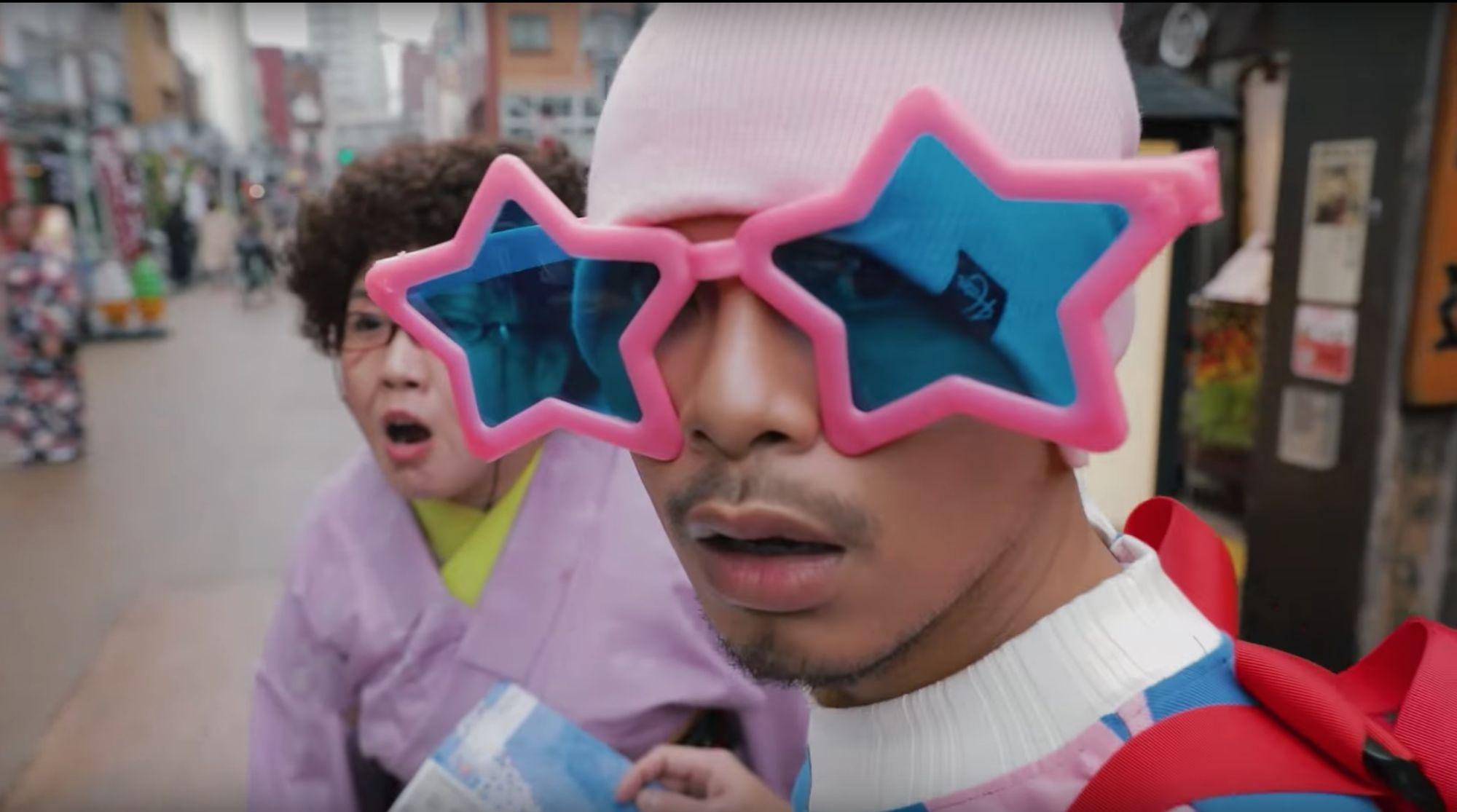 """Chàng ca sĩ nổi như cồn Namewee làm cameo trong phim """"Friend Zone"""" (1)"""