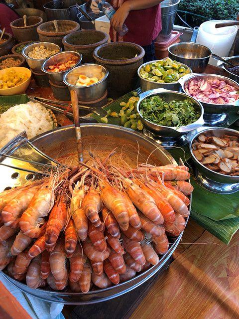 """Đi du lịch Thái nên ăn gì? Cùng Bà Chúa Vỉa Hè """"chén sạch Thái Lan"""" thôi nào! (22)"""