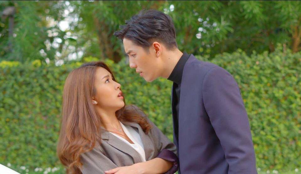 Vì sao phim Thái Lan Con tim sắt đá của Tor Thanapob lại hot đến thế? (2)