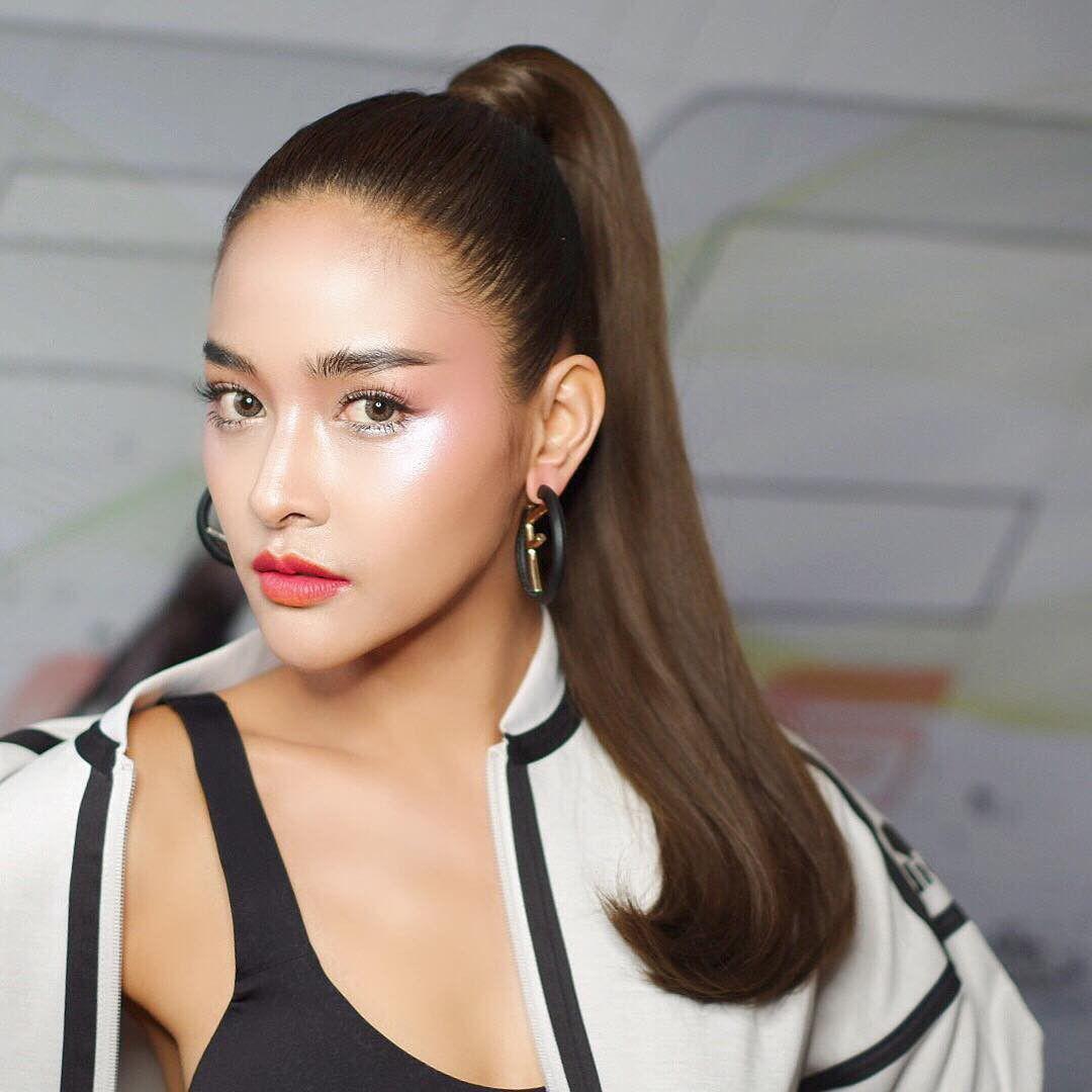 10 mỹ nhân Thái Lan sở hữu khung xương mặt ấn tượng và nổi bật nhất (21)