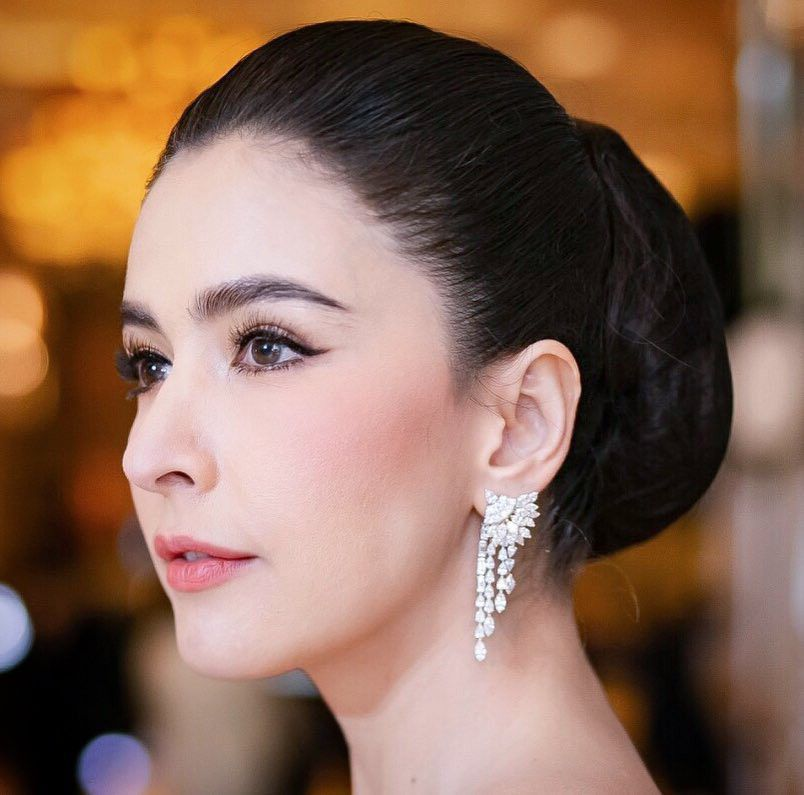 10 mỹ nhân Thái Lan sở hữu khung xương mặt ấn tượng và nổi bật nhất (24)