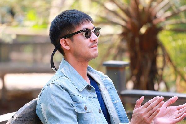 Nam thần Weir Sukollawat trở lại áp đảo màn ảnh Thái 2019 với 5 bộ phim (4)