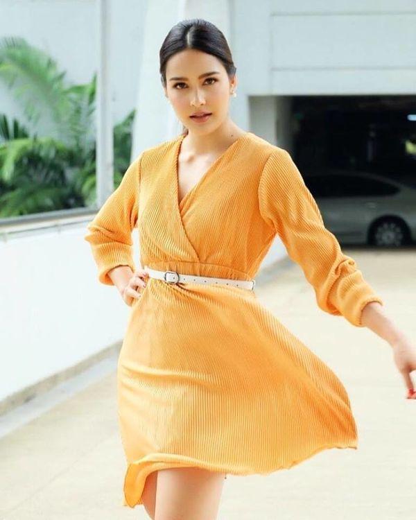 Nam thần Weir Sukollawat trở lại áp đảo màn ảnh Thái 2019 với 5 bộ phim (9)