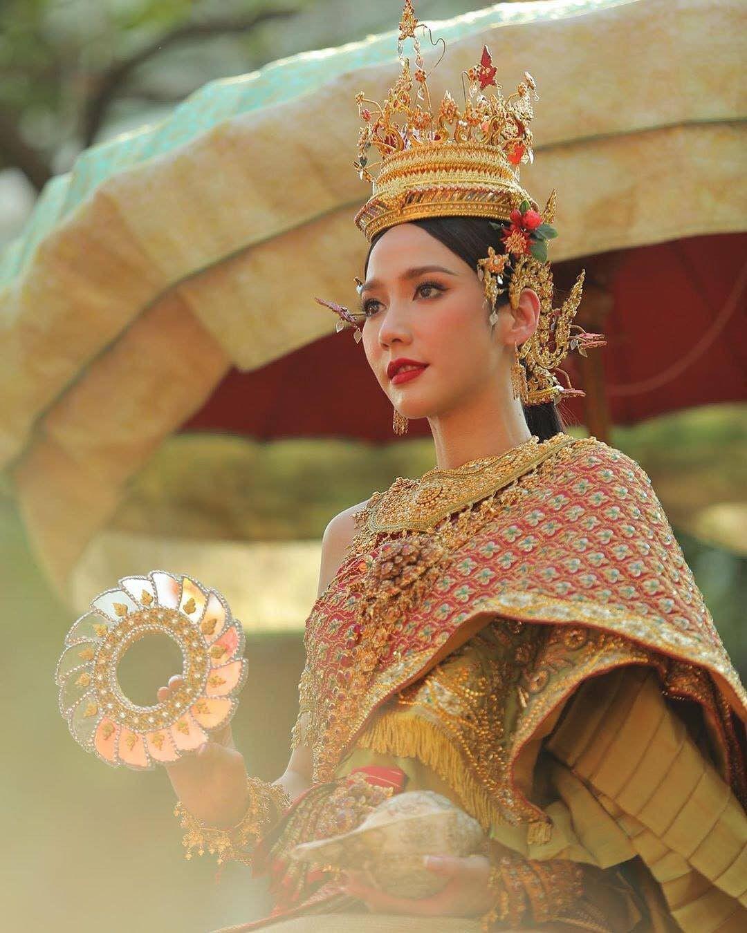 Ngắm nhăn sắc đỉnh cao của dàn mỹ nhân Tbiz khi hóa nữ thần tại Songkran 2019 (12)